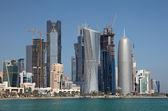 Horisont av nya doha downttown distriktet al dafna, qatar, mellanöstern — Stockfoto