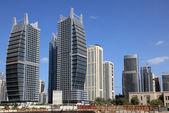 Jumeirah Lakes Towers in Dubai — Stock Photo