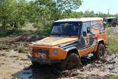 Mercedes Benz 230 G at offroad rally competition — Stock Photo