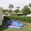 Labours having a break in Abu Dhabi — Stock Photo