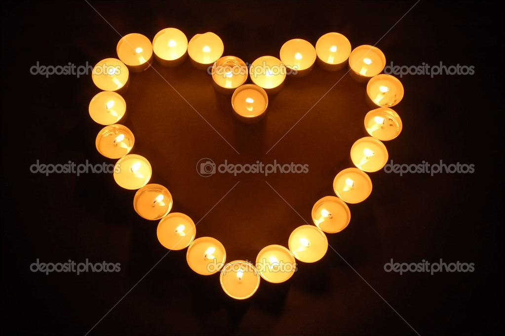 Candles heart shaped — Stok fotoğraf #9875344