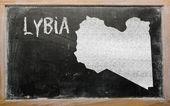 大纲的黑板上利比亚地图 — 图库照片