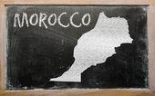 大纲的黑板上摩洛哥地图 — 图库照片