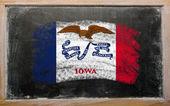 Флаг Сша штата Айова на доске окрашены с Мел — Стоковое фото