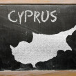 Outline map of cyprus on blackboard — Zdjęcie stockowe