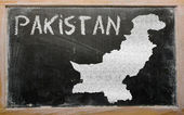 Outline map of pakistan on blackboard — Stock Photo