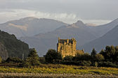 Ancient castle in scotland — Stock Photo