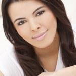 piękna twarz hiszpanin kobieta lub dziewczyna — Zdjęcie stockowe