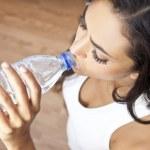 Latina Hispanic Woman Girl Drinking Water Bottle at Gym — Stock Photo #8457474