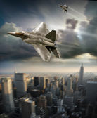 F-22 Raptor Patroling the city — Stock Photo