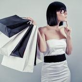 Güzel bir alışveriş kadın — Stok fotoğraf