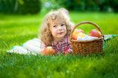 Child having picnic — Stock Photo