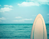Surfboard. Dead calm — Stock Photo
