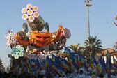VIAREGGIO, ITALY parade of allegorical chariot — Stock Photo