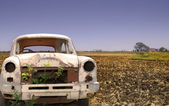 Old Car In The Empty Land — Stock Photo