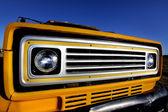 Sarı klasik otomobil — Stok fotoğraf