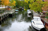 Boats Docked In A River — Stock Photo