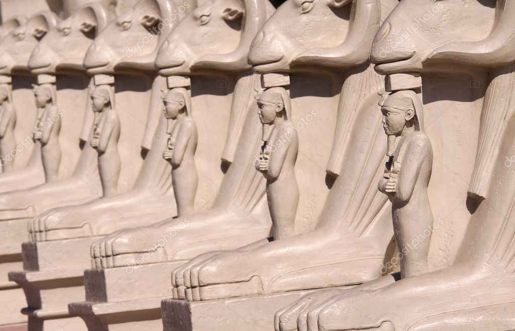 Many Egyptian statues in a row at Luxury hotel Las Vegas — Stock Photo #8042889