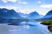 Lago de saint mary — Foto de Stock
