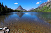 Two medicine lake — Stock Photo