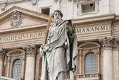Statua di san paolo apostolo — Foto Stock