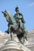 Equestrian monument to Victor Emmanuel II — Stock Photo