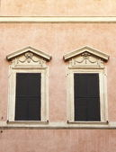 Renaissance windows — Stock Photo