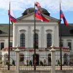 Presidential Palace of Slovakia, Bratislava — Stock Photo #8852729