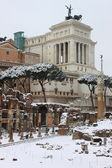 Victor Emmanuel II monument under snow — Stock Photo