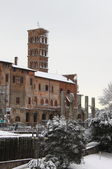 Saint Cosma and Damiano Basilica under snow — Stock Photo