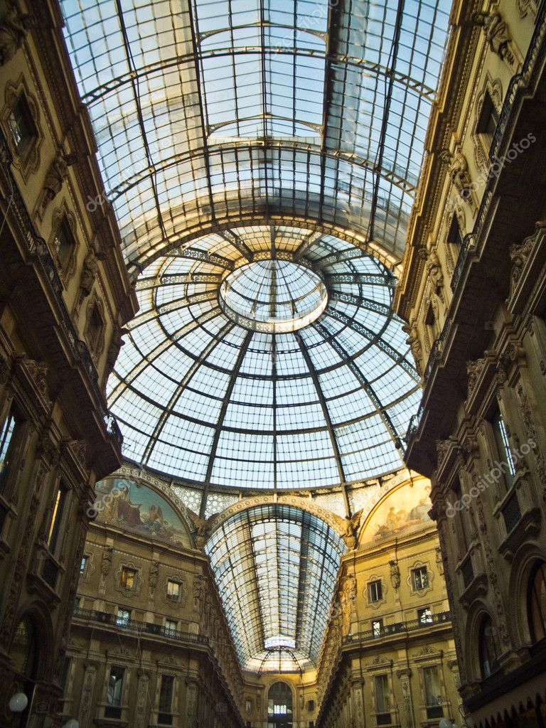 Galleria Vittorio Emanuele(Milan) — Stock Photo #8323303