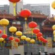 Chinese Paper Lanterns in front of a temple — Stock Photo