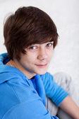 10 代の男の子の肖像画 — ストック写真