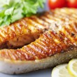 Gegrilde zalm steak — Stockfoto