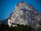 Chapel next to mountain — Stock Photo