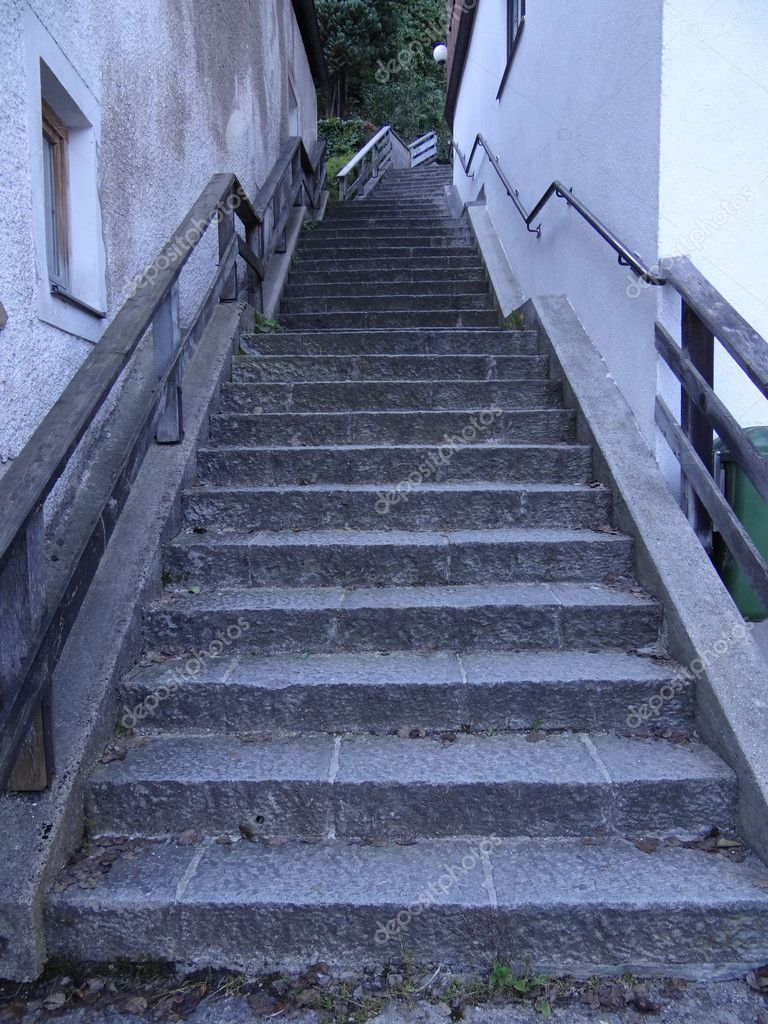 Historic stairway in Hallstatt, Austria — Stock Photo #9734738