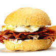 Bacon and egg bun. — Stock Photo