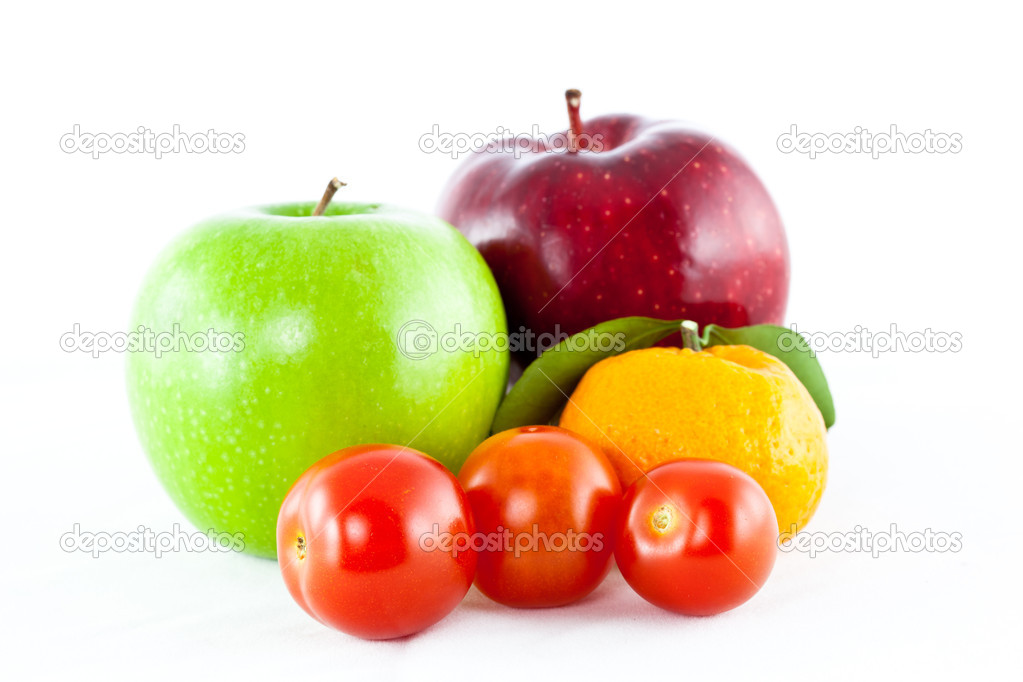 Fruit mix isolated on white background — Stock Photo #8088301