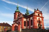 Iglesia de color rojo — Foto de Stock