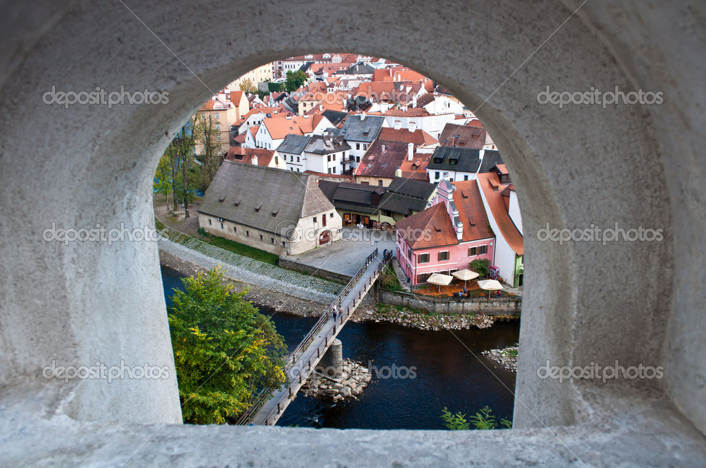 Landscape view of Cesky Krumlov from castle walls, Czech Republic — Stock Photo #8342100