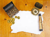 Pirate blank map with treasure, compass and binocular — Stock Photo