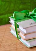 Bücher - vorhanden — Stockfoto