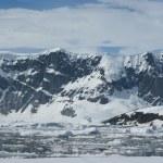 Mountains of Antarctica - 5. — Stock Photo