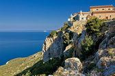 Adriatic coastal town on the rock - Lubenice — Stock Photo