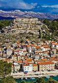Novigrad dalmatinski and Velebit mountain — Stock Photo