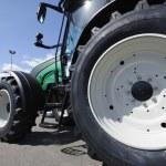 Tractor — Stock Photo #8958043