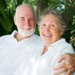 Senior Couple in the Tropics — Stock Photo