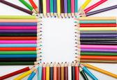 Close-up de lápis de cor com cor diferente sobre backgr branco — Foto Stock