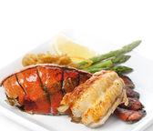 Cauda de lagosta grelhada — Foto Stock
