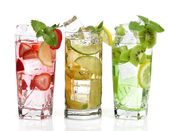 Cold Drinks With Fruits — Stock Photo